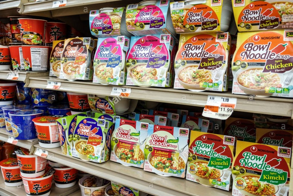 instant food market and ready meal packaging
